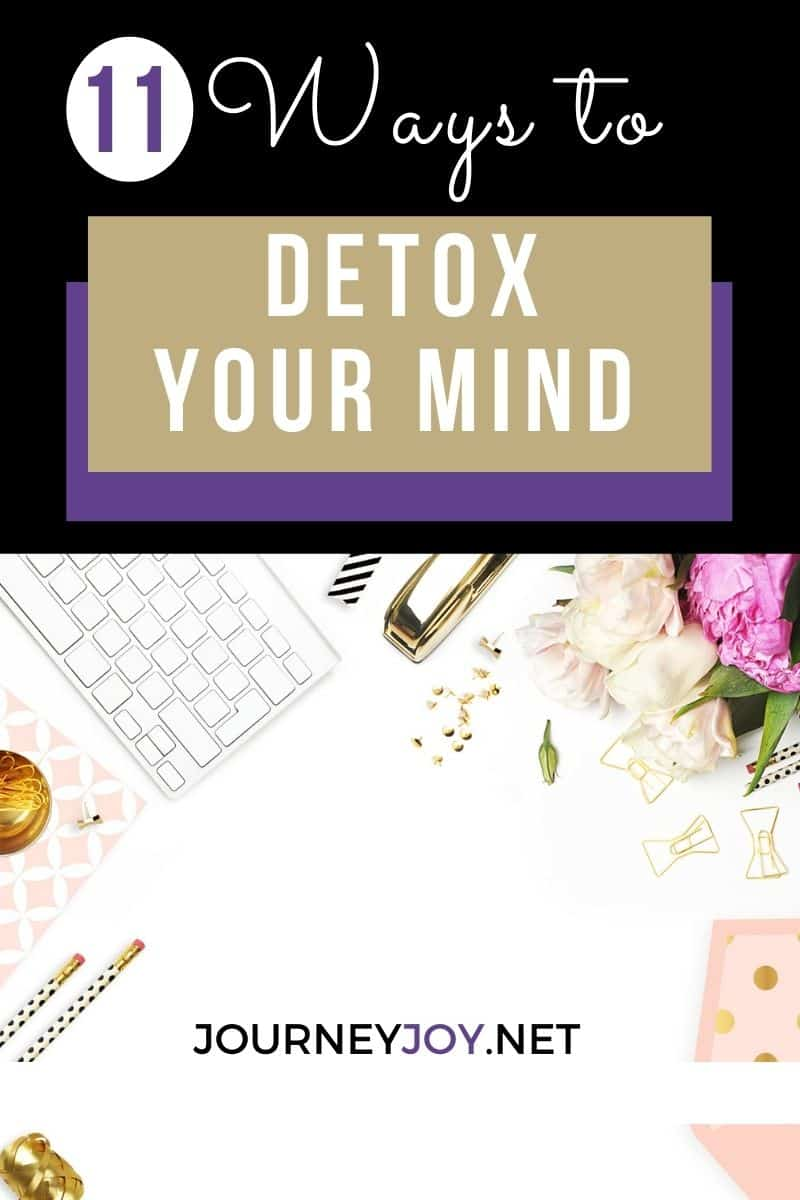 image of text box 11 ways to detox your mind